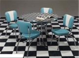 RETRO TABLE & CHAIRS