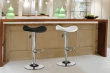 ST-136 - GAS LIFT STOOL IN BLACK OR WHITE