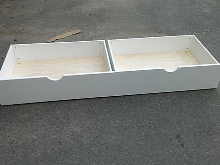 DRAWERS - WHITE
