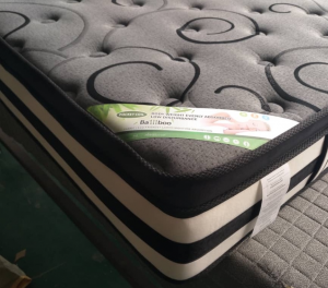 Dreamscape - Euro Pillow Top with Gel Queen Mattress in a Box